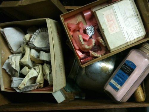 Big box of teeth