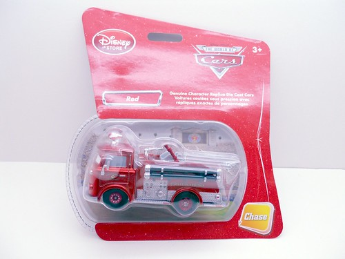 disney store CARS CHASE RED METALLIC  (1)