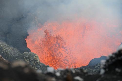 Boiling Lava4 Mt. Marum