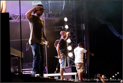 Shay Haley & Pharrell Williams / N*E*R*D