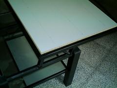taula leds 08
