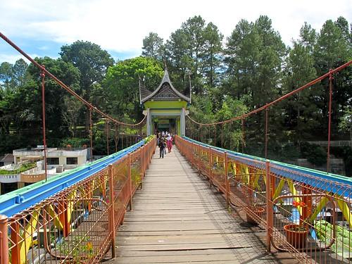 the Bridge in Bukittingi between the Zoo and the old Dutch Ford