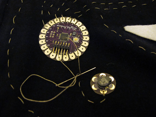 Sewing Twinkle Tartiflette with conductive thread