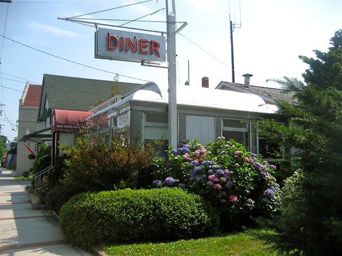 Cutchogue Diner Neon Sign