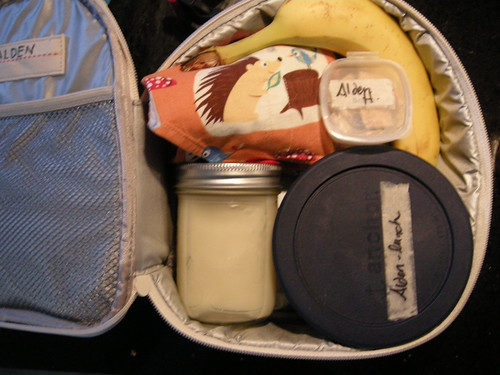Packing lunch - Zoo Lunchie interior