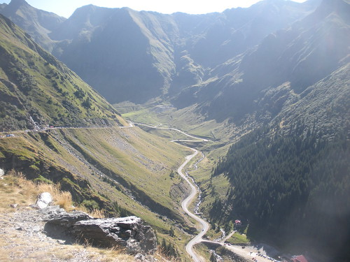 Southern descent of Transfagarasan