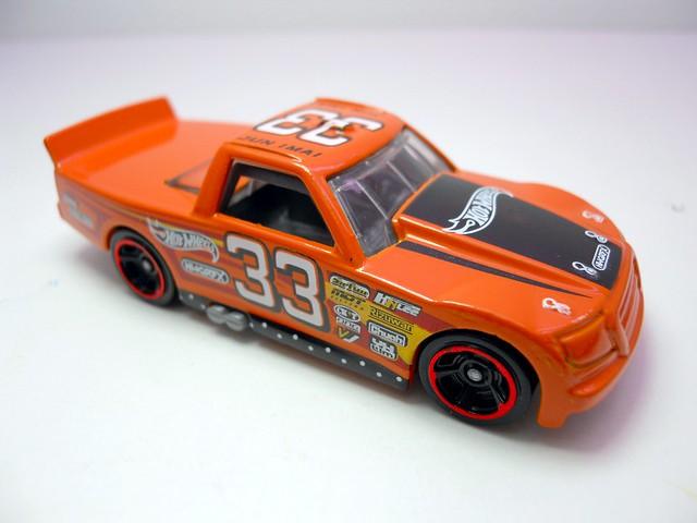 hot wheels race trucker (3)