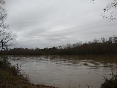 Coosa River at Fort Struther