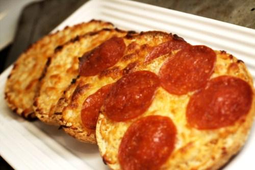 thin pizza snacks
