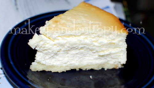 Junior's Cheesecake slice
