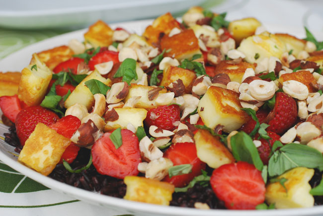 ricesalad with strawberries