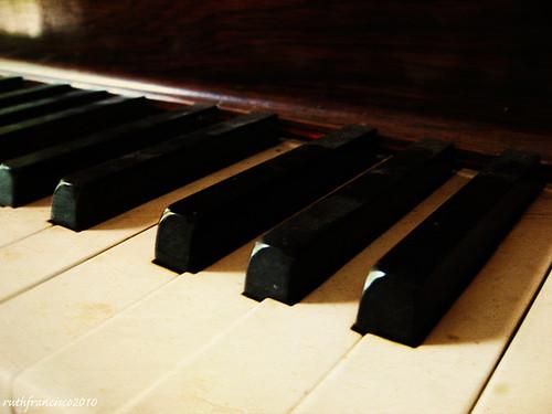 Piano keys2