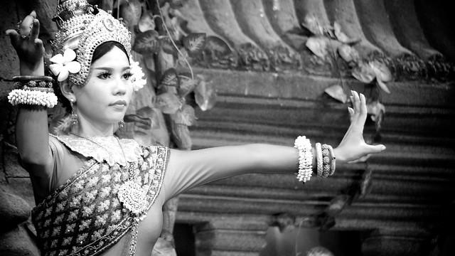 Cambodian Dancing 231