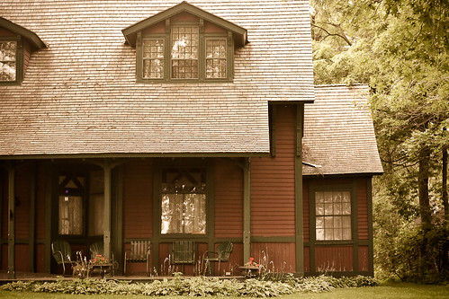 {202/365} Linda's house