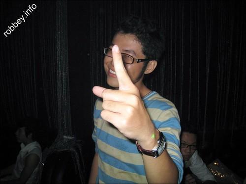 Robbey-Partyinsaigon0014