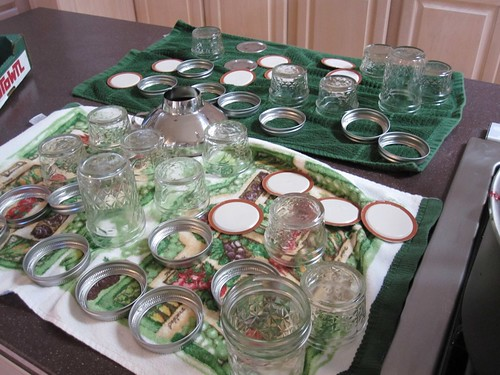 Dry the sanitized jars