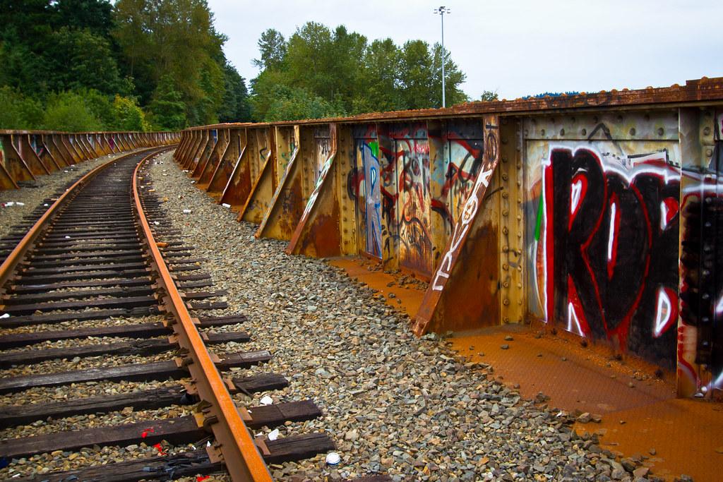 Abandoned train bridge over I-90