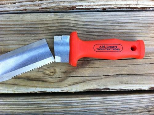 Leonard Soil Knife