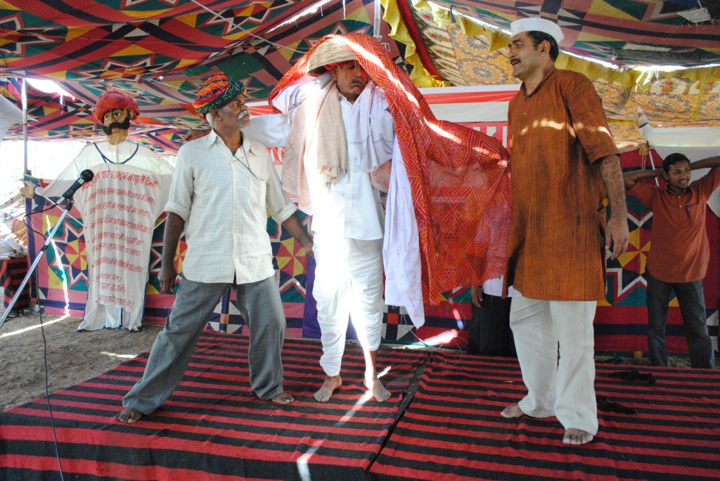 Pics from the satyagraha - 2 & 3 Oct 2010 - 5