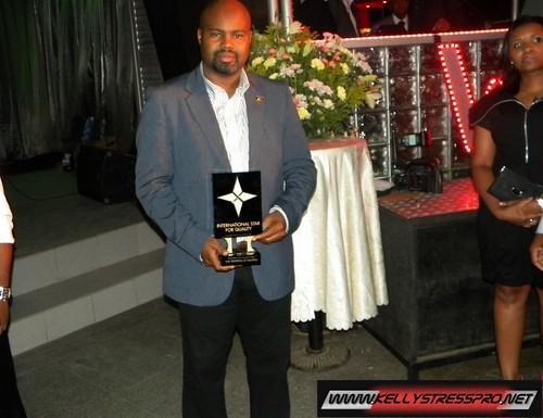 Waldir com prémio Estrela Internacional de Qualidade de Genebra
