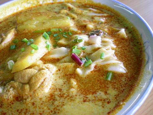 Curry handmade flat noodles 1