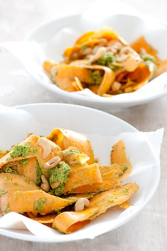 carrot salad with pesto dressing