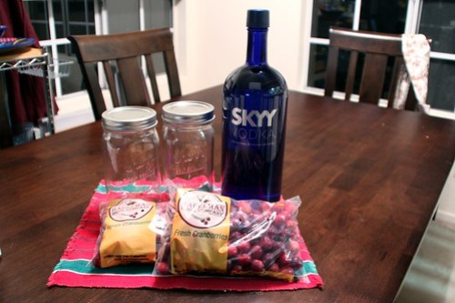 making cranberry liqueur at home