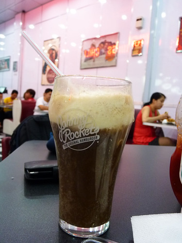 Root beer float at Johnny Rockets