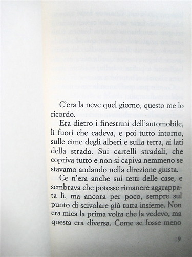 Ivan Cotroneo, Un bacio, Bompiani 2010; cover design: Polystudio; copertina: Carla Moroni; incipit (part.), 1