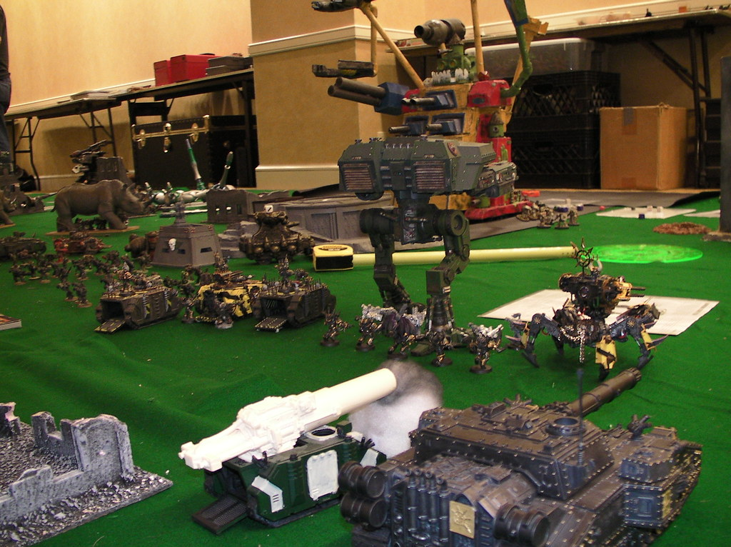 United Space Marine (Dark Angel) and Chaos (Iron Warrior) forces converge on Ork MegaGargant