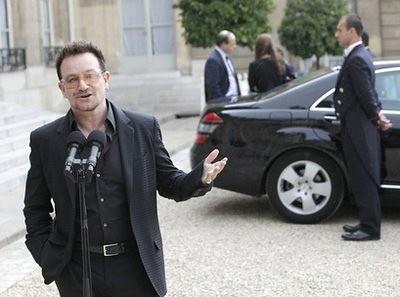 bono en el palacio del Eliseo en Paris