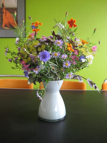 Colourful organic field-bouquet from Groenekans