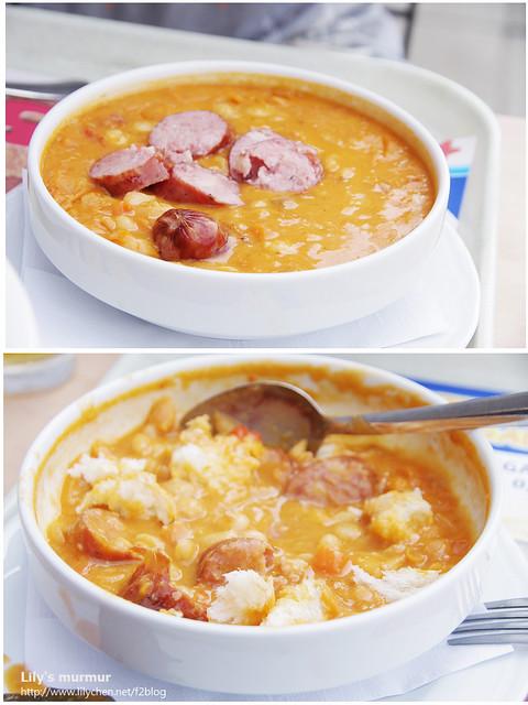 尼把維也納香腸切段,麵包撕小塊後丟進鷹嘴豆燉湯裡,他說他們都這麼吃的,這樣吃真的很好吃!