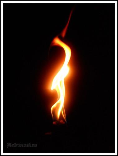 Dancing fire - கார்த்திகை தீபத்திருநாள்  by Balavasakan