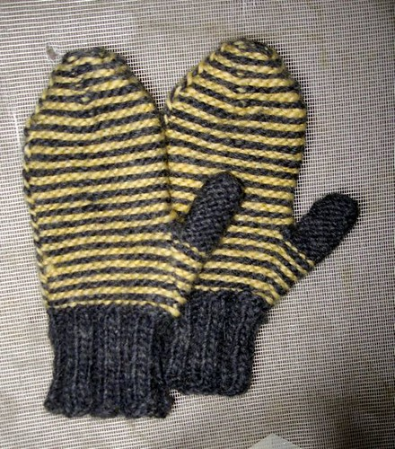 Inside Out a4a mittens
