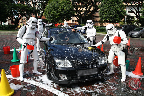 Stormtrooper Car Wash by gordon (TD8316), on Flickr