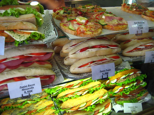 sandwich stand in paris