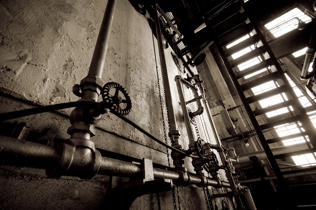 Pipes, chains and ladders