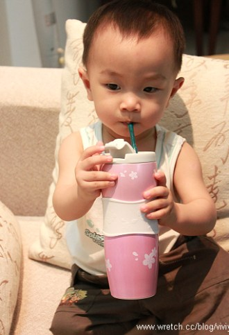 [美食.台灣]Starbucks.草莓奶霜星冰樂 @VIVIYU小世界