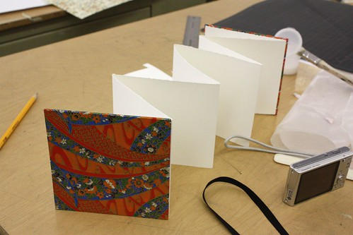 Accordion book binding workshop