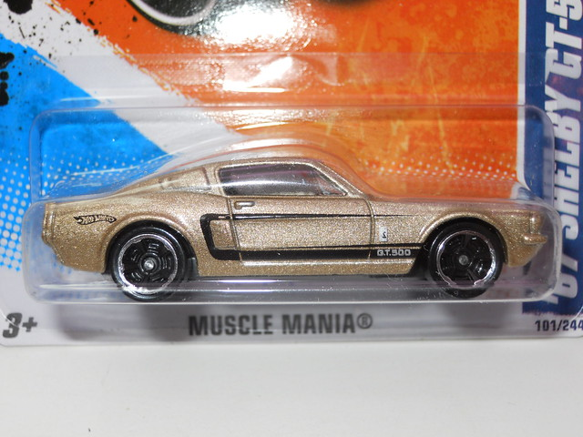 hot wheels '67 shelby gt-500 gold (2)