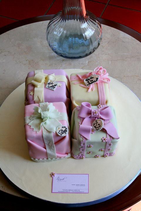 Gif box cakes