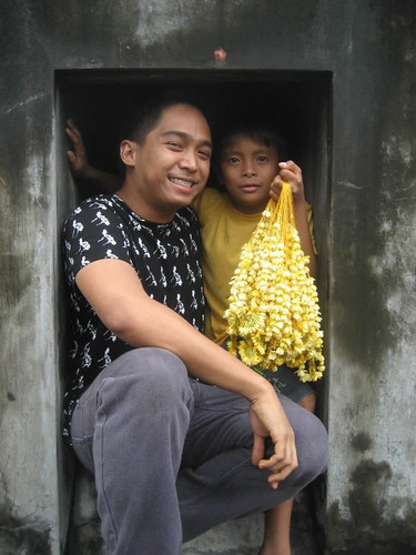Pasion with sampaguita vendor