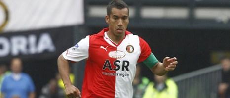 Feyenoord Rotterdam Puma 2010/11 Home and Away Kits / Jerseys