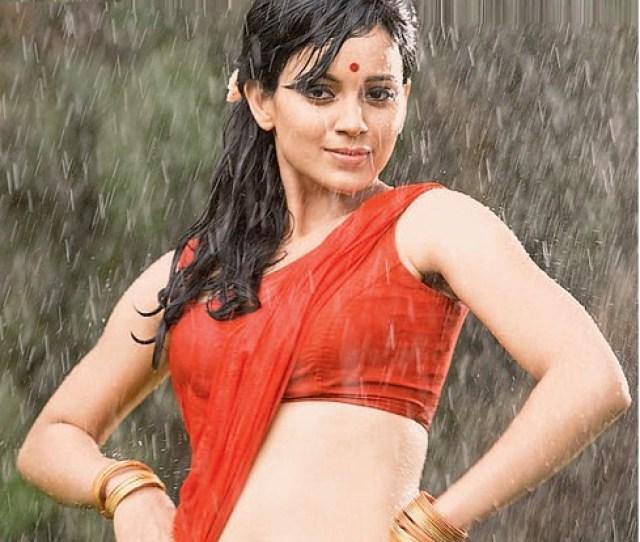 Kangana Ranaut Sizzles Hot In Wet Saree