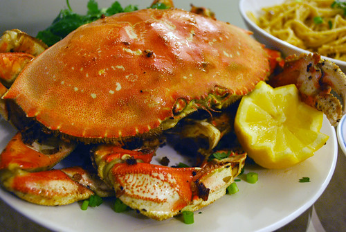 Roasted Garlic Crab with Garlic Noodles