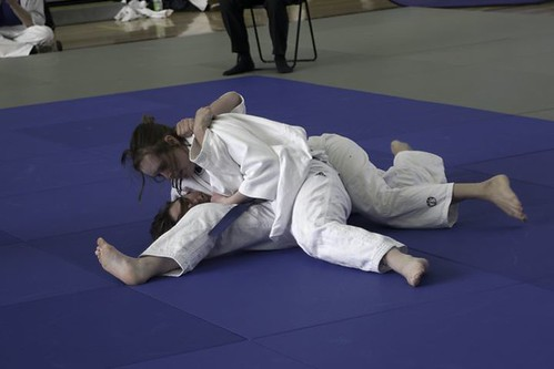 Emily from Winchester holding for Ippon