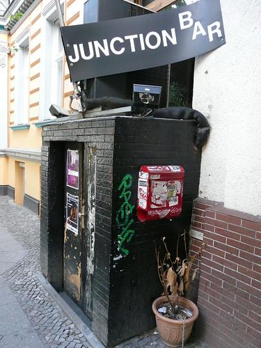 Junction Bar