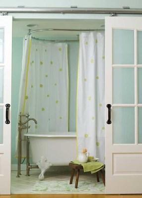 sliding door bath closure