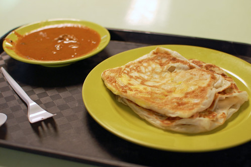 Roti Prata with Fish Curry